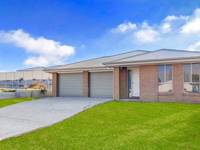 9B Royce Crescent, Lavington, NSW 2641