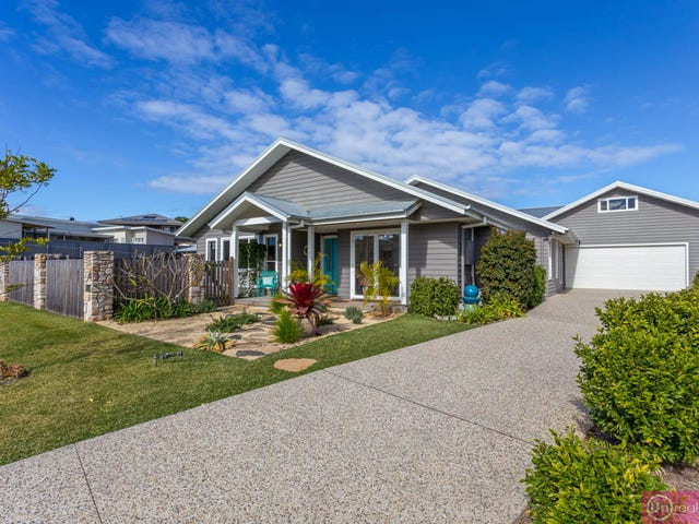 4 Estuary Drive, Moonee Beach, NSW 2450