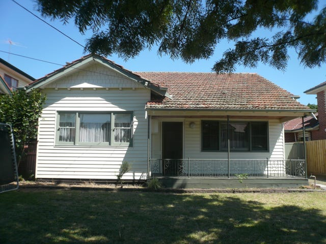 33 Normanby Street, Hughesdale, Vic 3166