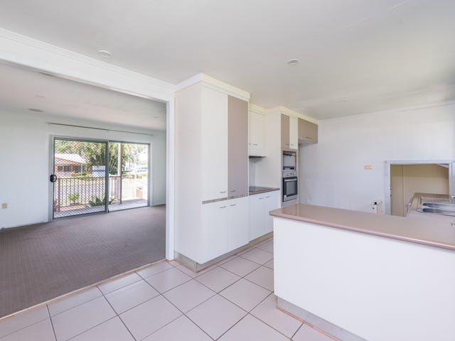 92 Dr Mays Road, Svensson Heights, Qld 4670