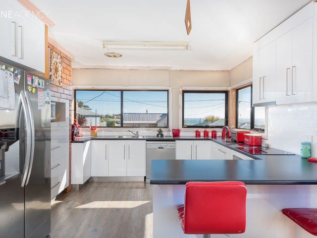 28 Abbott Street, Upper Burnie, Tas 7320