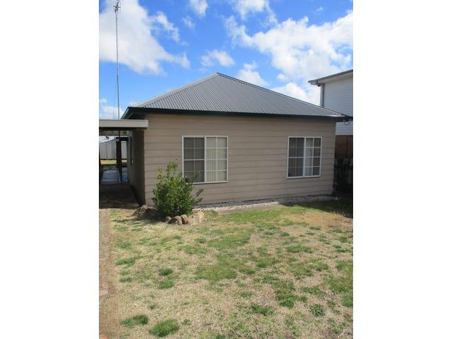32 Kenmore Street, Goulburn, NSW 2580