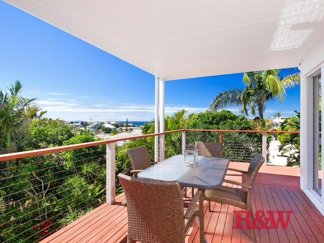 2/40  Orealla Crescent, Sunrise Beach, Qld 4567