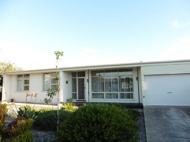 4 HOOPER PLACE, Christies Beach, SA 5165