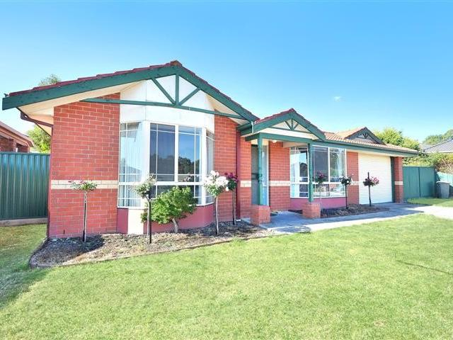 15 Park Lane, Mount Helen, Vic 3350