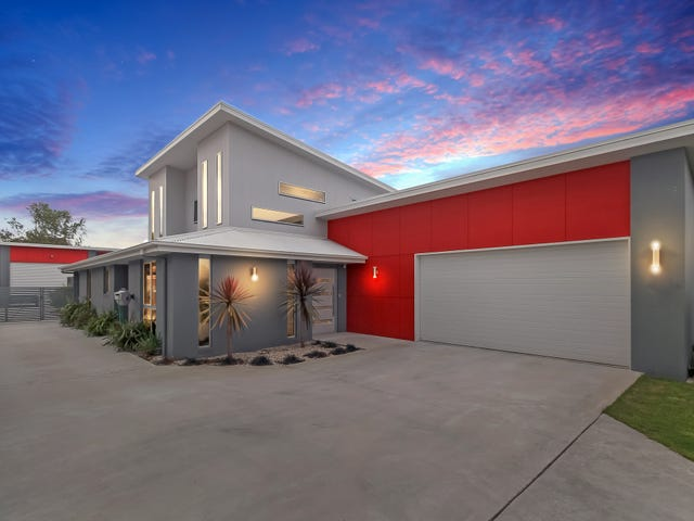 9 St Georges Cres, Shearwater, Tas 7307