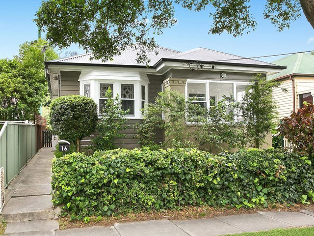 16 Carrington Street, Mayfield, NSW 2304