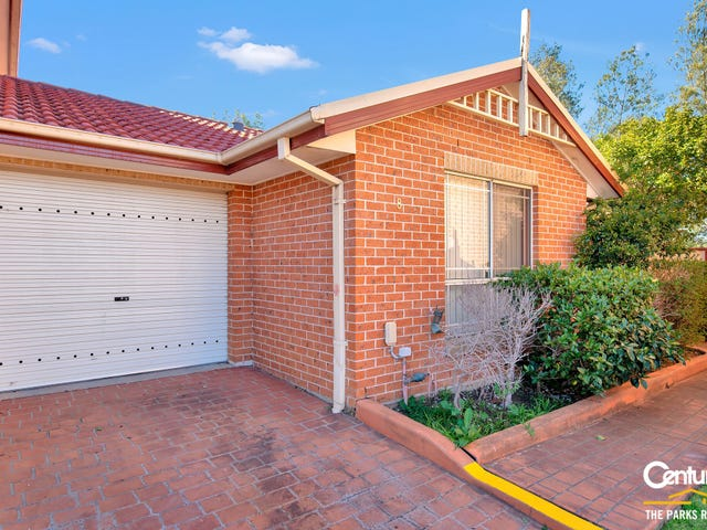 8/10-12 Peacock Close, Green Valley, NSW 2168