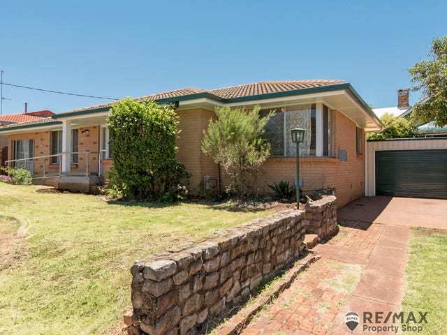 219 Alderley Street, Centenary Heights, Qld 4350