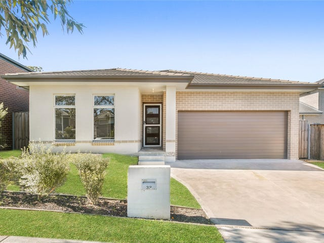 32 Carmargue Street, Beaumont Hills, NSW 2155