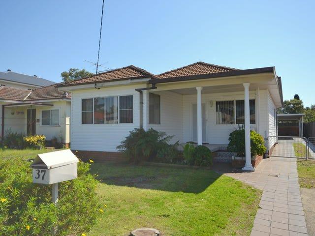 37 Birdwood Avenue, Umina Beach, NSW 2257