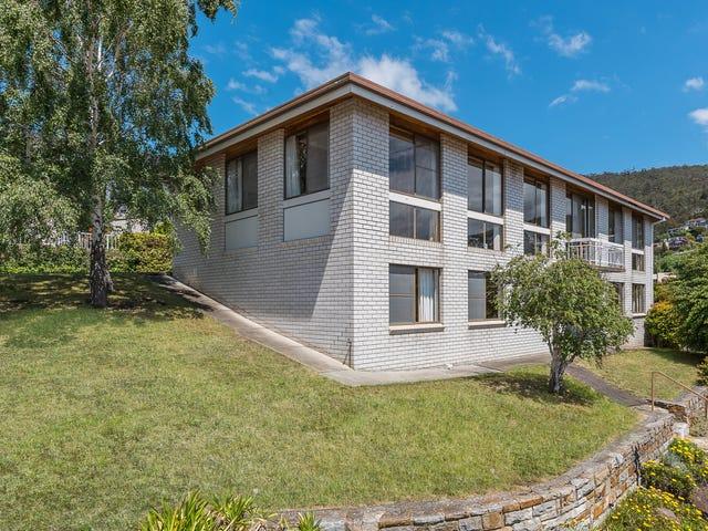 55 Lipscombe Avenue, Sandy Bay, Tas 7005