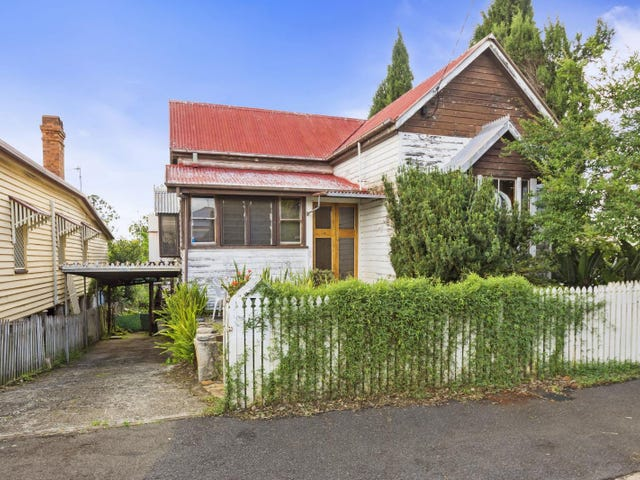 42 Gowrie Street, Toowoomba City, Qld 4350
