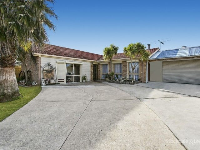 3 REBECCA COURT, Cranbourne North, Vic 3977