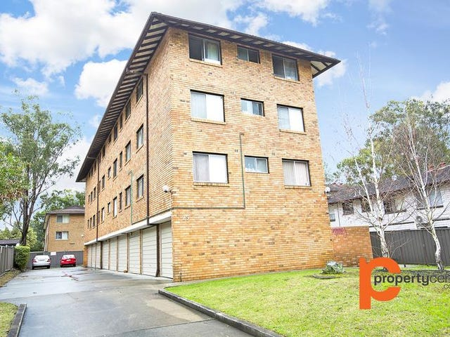 8/25. First Street, Kingswood, NSW 2747