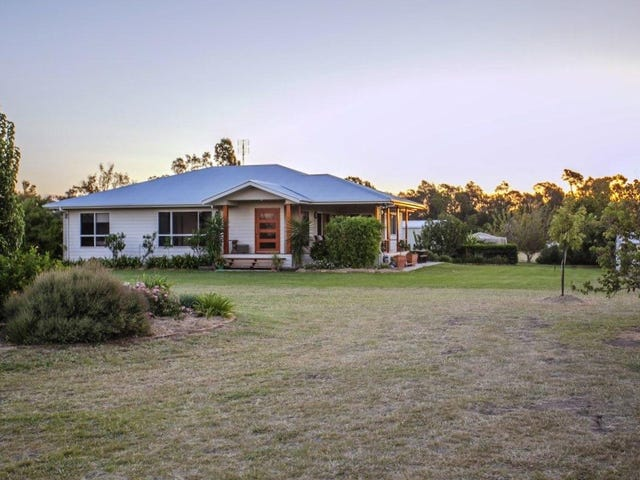 30 Ainsworth Street, Chinchilla, Qld 4413