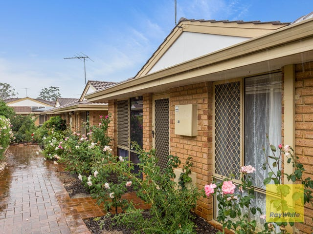 30/15 Mereworth Way, Marangaroo, WA 6064