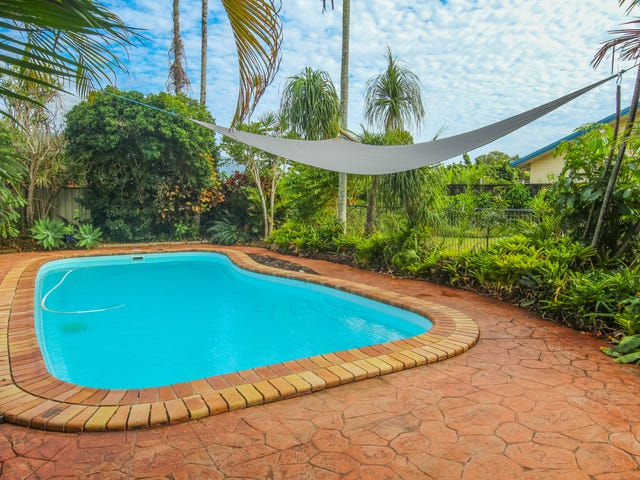 25 English Street, Manunda, Qld 4870