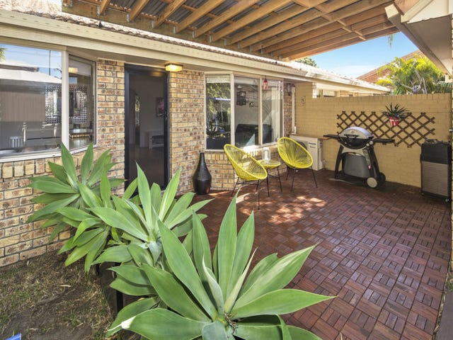 1/126 Oxley Drive, Paradise Point, Qld 4216