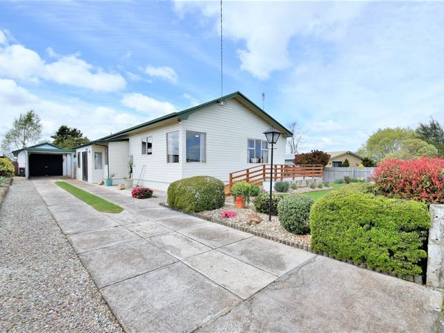 48 East Church Street, Deloraine, Tas 7304