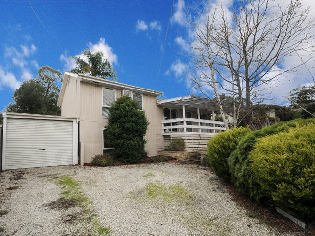 11 Valewood Drive, Launching Place, Vic 3139