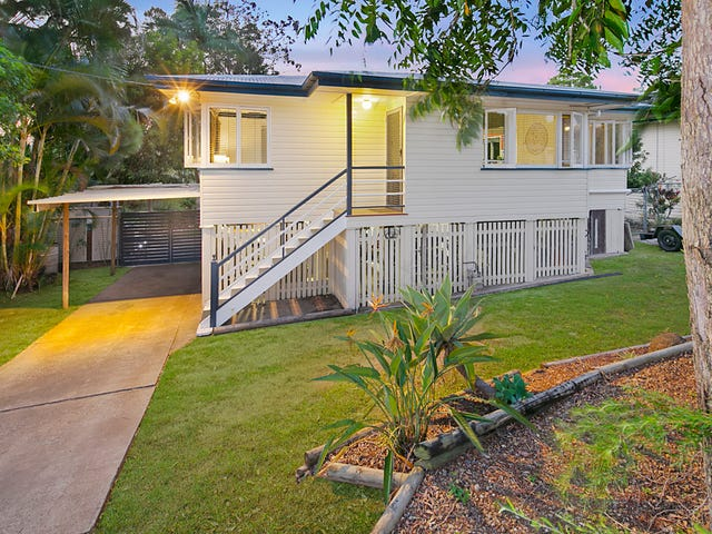11 Nevis St, Manly West, Qld 4179