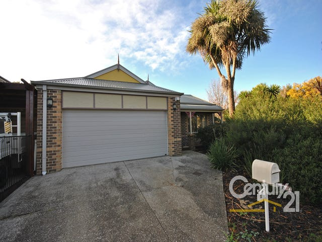 2 Don Collins Way, Berwick, Vic 3806