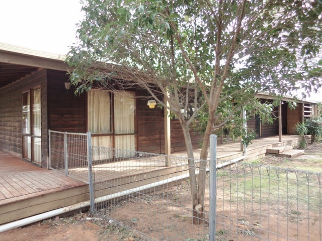 4 Blake Court, Swan Hill, Vic 3585