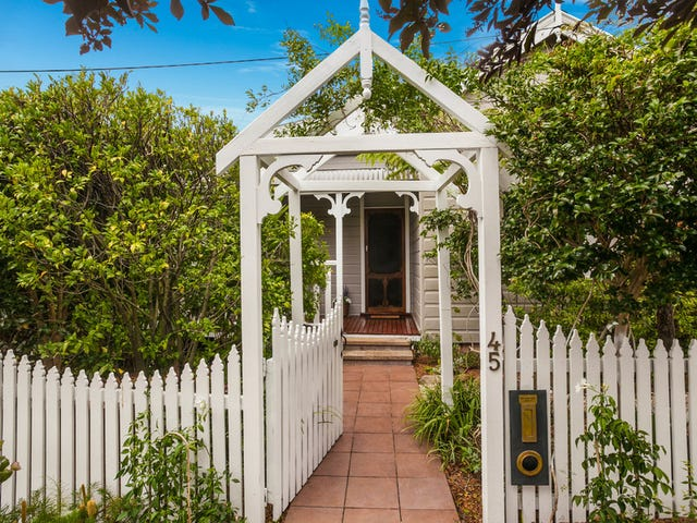 45 Fisher Street, West Wollongong, NSW 2500