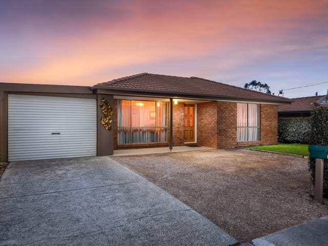 14 Joyce Street, Cranbourne West, Vic 3977