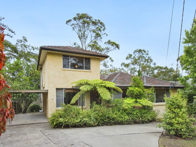 17 Waddell Crescent, Hornsby Heights, NSW 2077
