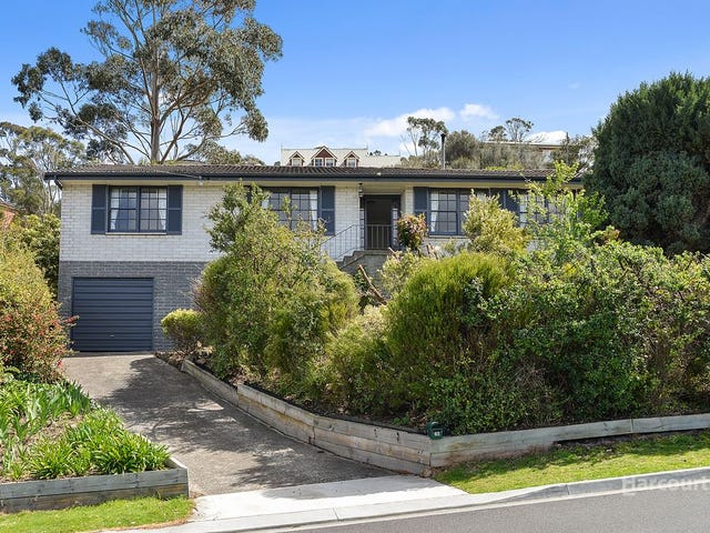 26 Coolamon Road, Taroona, Tas 7053