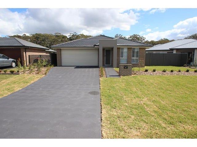 19 Sandcastle Street, Fern Bay, NSW 2295