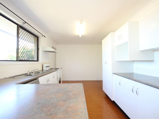 399 Pine Mountain Rd, Mansfield, Qld 4122