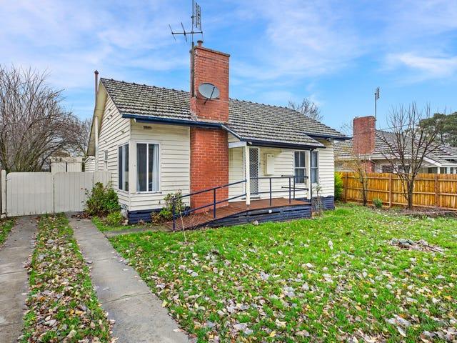 29 Beauchamp Street, Kyneton, Vic 3444