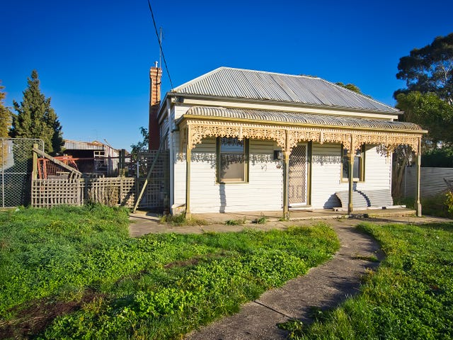 62 Yarrowee Street, Sebastopol, Vic 3356