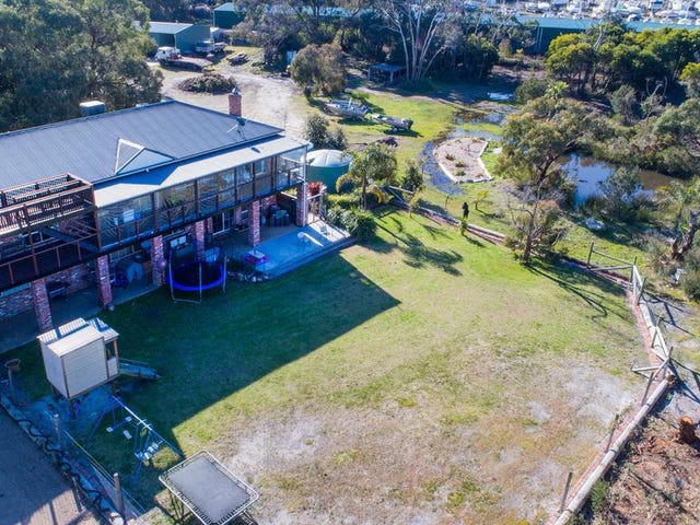 2 Yaringa Road, Somerville, Vic 3912