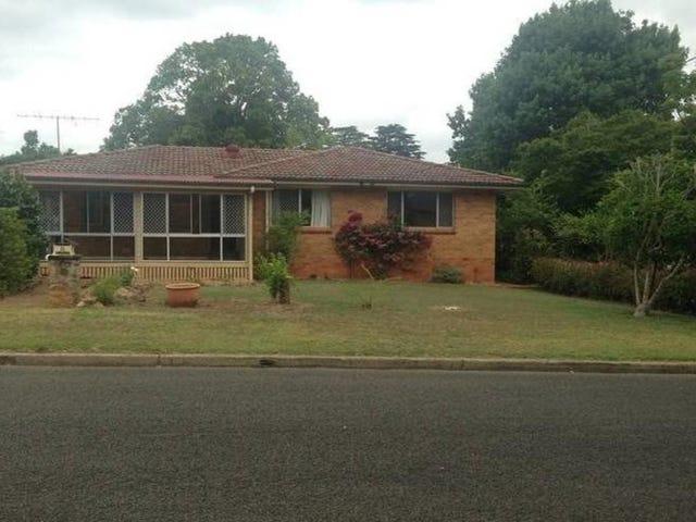 8 Tant Street, East Toowoomba, Qld 4350
