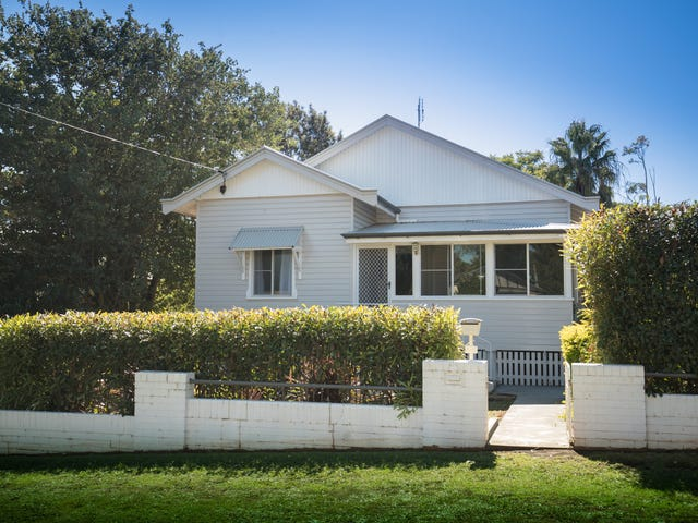 5 Mansford Street, North Toowoomba, Qld 4350