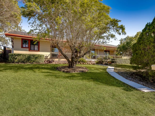 8 Bonnaccorde Place, Cotswold Hills, Qld 4350