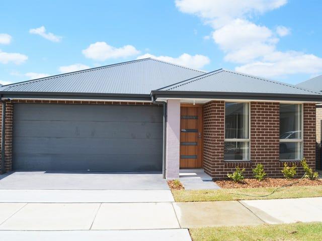 27 Barrow Circuit, Jordan Springs, NSW 2747