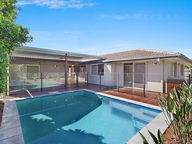 39 Harrier Drive, Burleigh Waters, Qld 4220