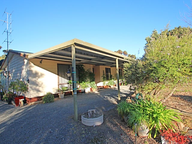 11 West Road, Watervale, SA 5452