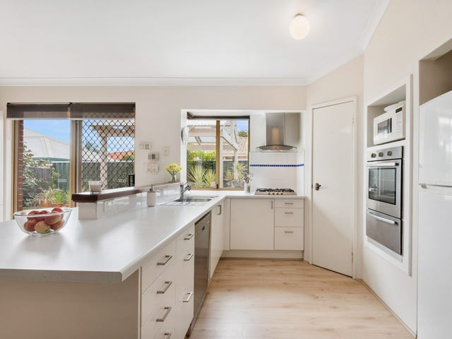 49A Weaponess Road, Scarborough, WA 6019