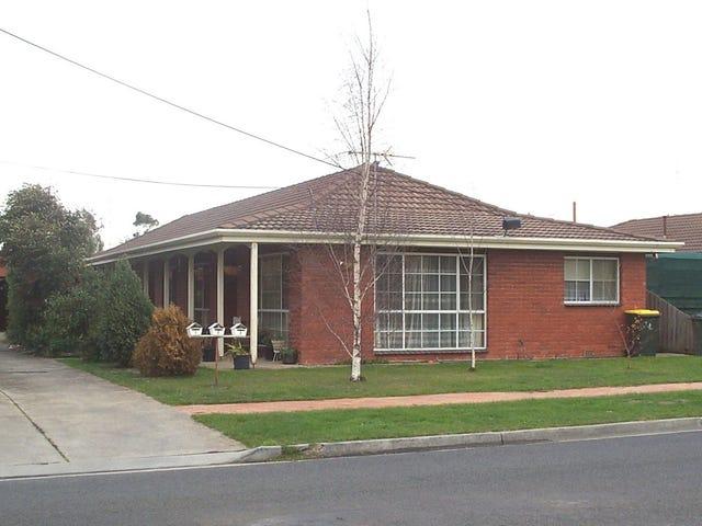 1/13 Langstaffe Drive, Wendouree, Vic 3355