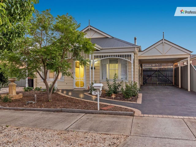 3 Wakefields Drive, Brookfield, Vic 3338