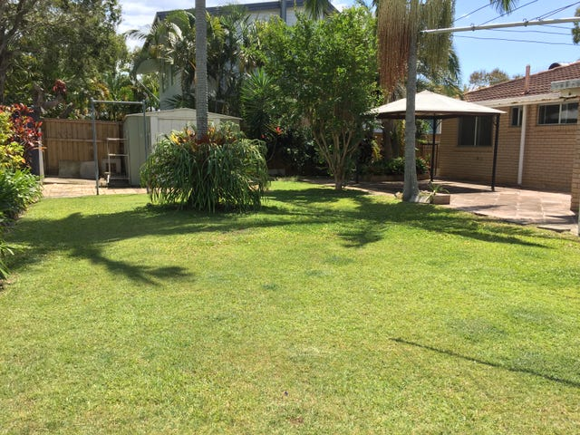 Burleigh Waters, address available on request