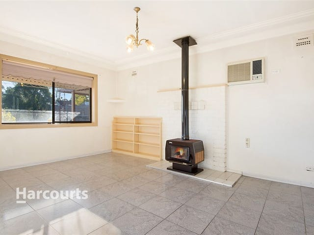 143 Windsor Road, Northmead, NSW 2152