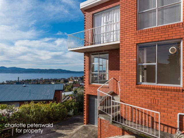 2/301 Churchill Avenue, Sandy Bay, Tas 7005