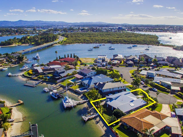 4 Wills Court, Paradise Point, Qld 4216